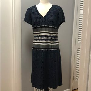 EUC Adrianna Papell patterned casual dress